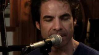 """Wait for Me"" - Pat Monahan of Train, Daryl Hall"