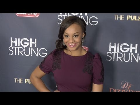 "Nia Soux & Holly Frazier ""High Strung"" Premiere #DanceMoms"