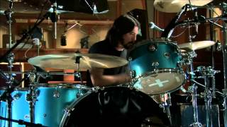Dave Grohl, Joshua Homme, Trent Reznor - Mantra (album version with the live studio footage)