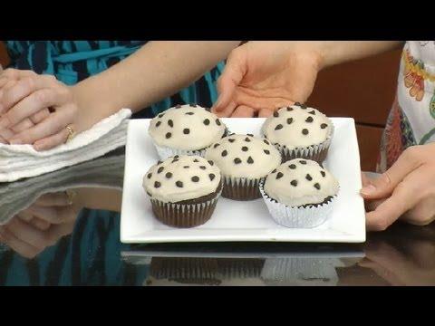 Vegan Whole Wheat Cupcakes : Vegan Desserts