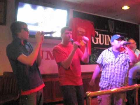 Fat Bottom Girls Karaoke in Omaha