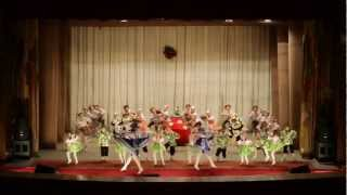 Танцуют Лялечки