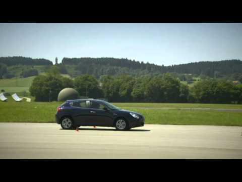 alfa romeo giulietta 1.4 tb im test   autotest 2010   adac - youtube