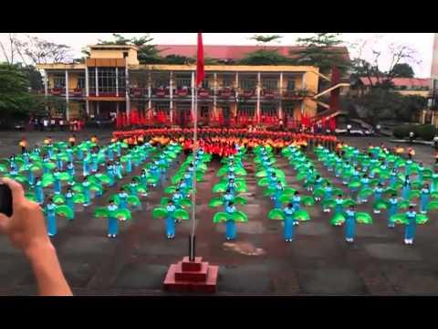 Màn đồng diễn chào mừng Đại hội Thể thao 2013 của Trường Vùng Cao Việt Bắc
