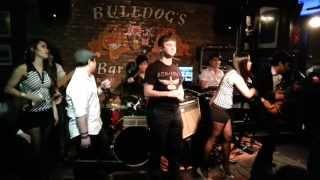 Download Video Vigo Wang ft. X-Five band Hong Kong - You Give Love a Bad Name MP3 3GP MP4