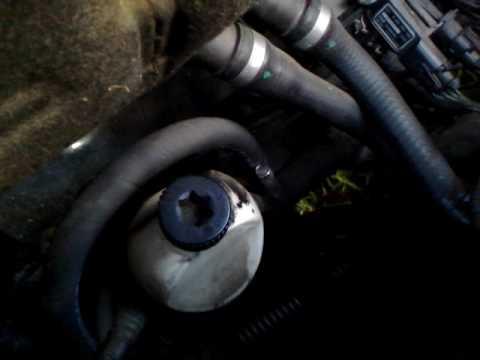 Saab 9-3 Diesel TiD 1.9 Oil Filter Location - YouTube