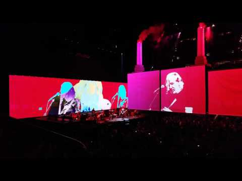 Dogs-Pigs (Partial) 4k - Roger Waters Us & Them - Portland, OR - June 25, 2017