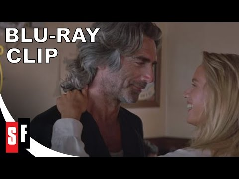 Road House - Clip 4: Wade Dances With The Waitress