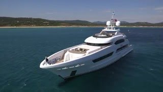 The Ticket Tries... Life On A SUPERYACHT!