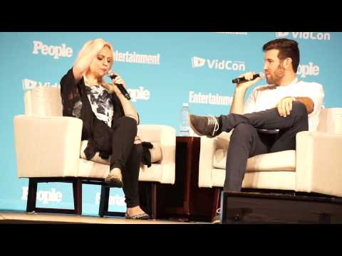 Madilyn Bailey - interview at VidCon 2015