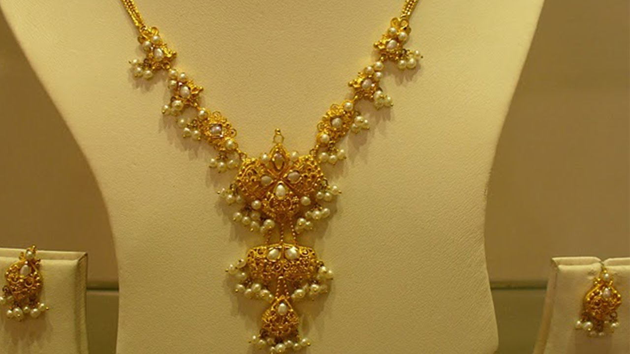 Top 15 Light Weight Gold Necklace Sets Jewellery Designs ...