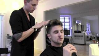 The first step to personal success - Get a professional first class mens haircut Slikhaar TV 9 -