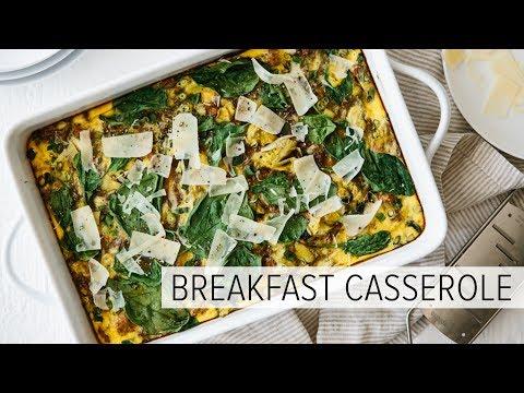 HEALTHY BREAKFAST CASSEROLE | with turkey, spinach and artichoke