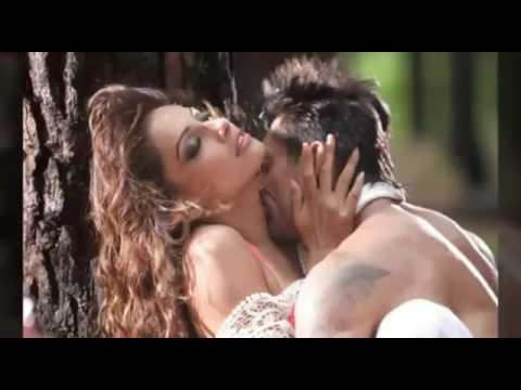 Bipasha basu hot kiss
