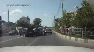 ДТП анапа 2013(ДТП в Анапе в июле 2013 на Пионерском проспекте., 2013-09-11T08:56:54.000Z)