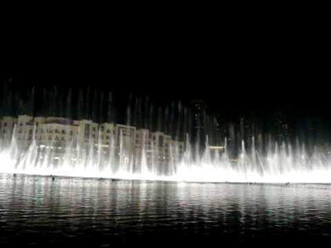 Fuente del dubai mall espectacular juego de agua y luces for Fuentes de agua