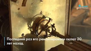 Специалисты восстановили работу часов на Главном здании РНБ. Ролик